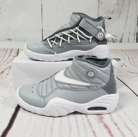 b1ae23f55a41 NIKE Air Shake Ndestrukt Youth Cool Grey Sneakers.  M 5b8a09f5c2e9febf3a2329bd